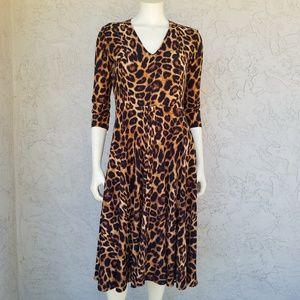 Agnes & Dora V-Neck Leopard Fit & Flare Dress